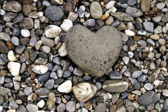 the-stones-3693544_1280