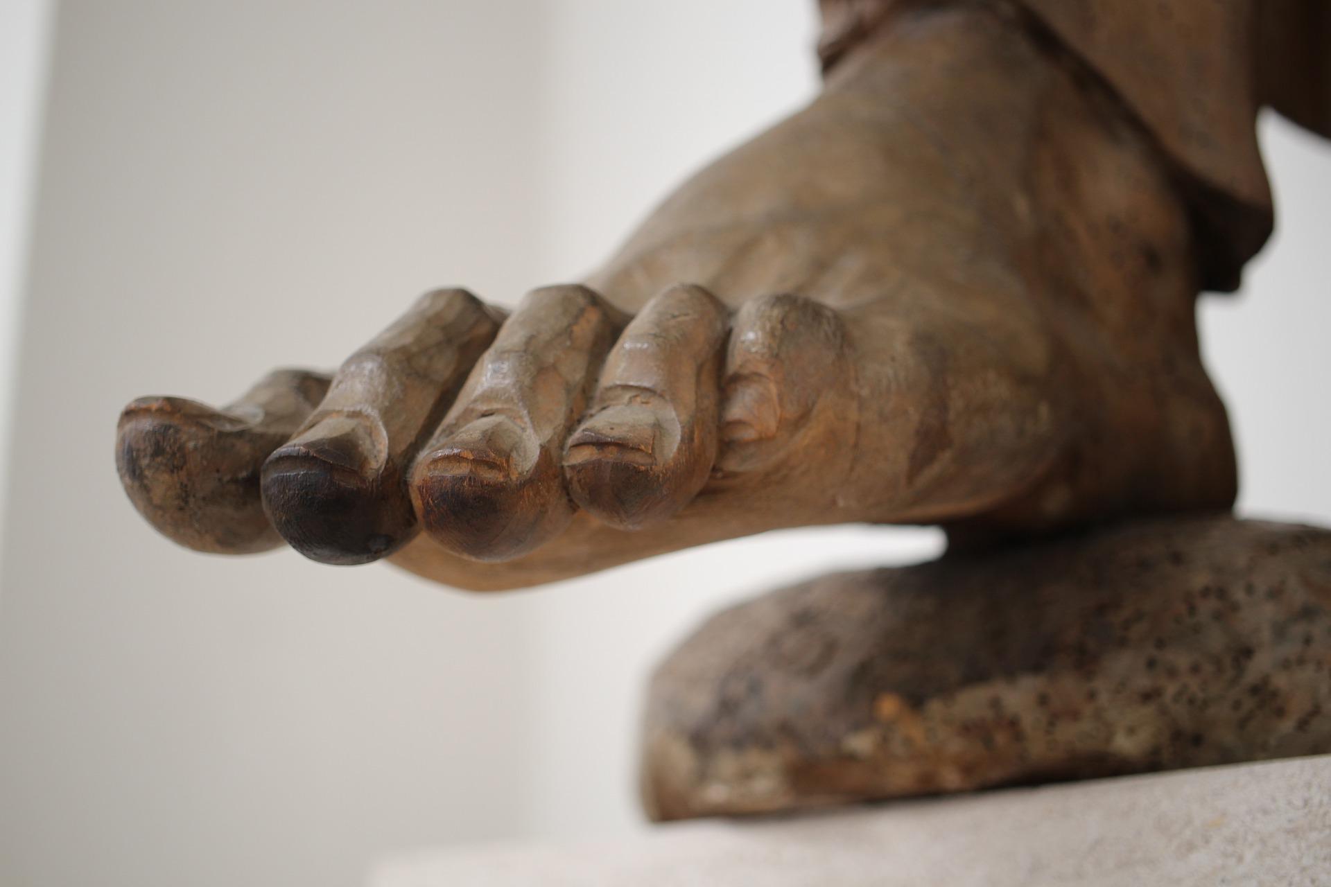 sculpture-3073624_1920