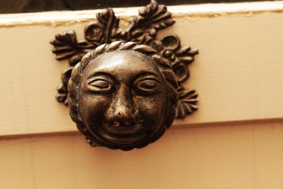door-knob-4493072_1920