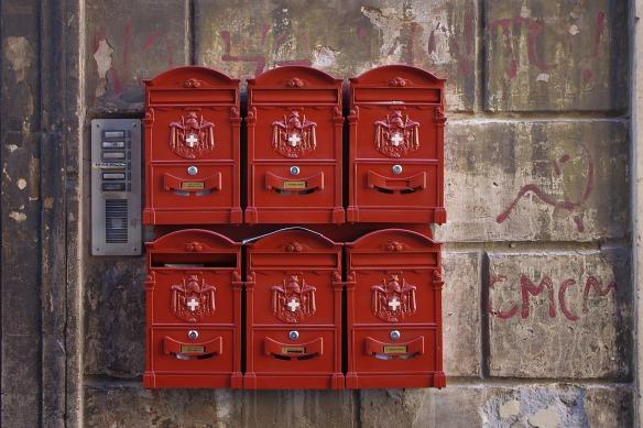 mailbox-1419789_1920