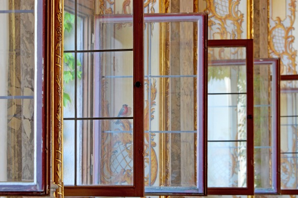 window-4307928_1920