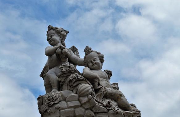 sculpture-3591722_1920