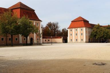 monastery-4497237_1920