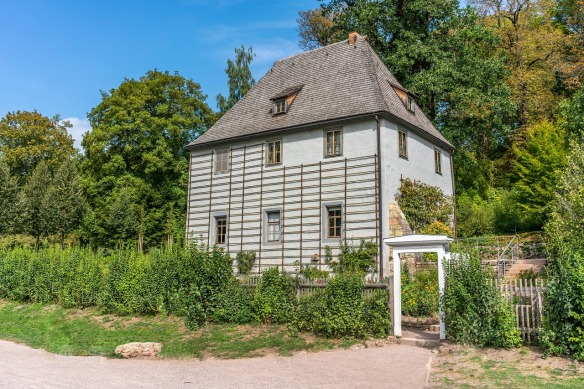 garden-shed-3686498_1280