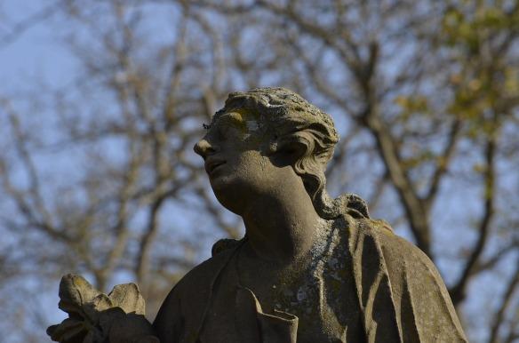 sculpture-3776834_1920