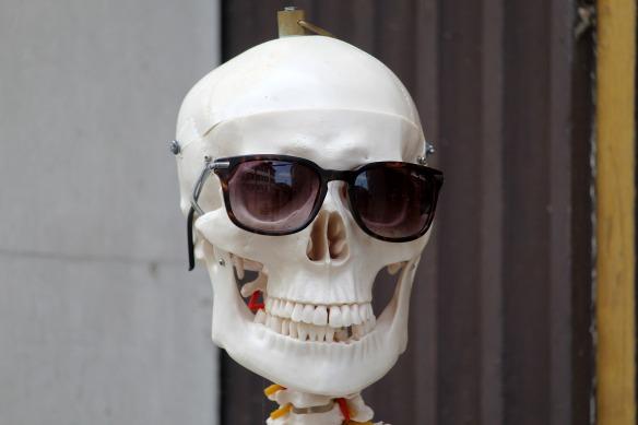 skull-and-crossbones-4430581_1920